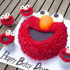 elmo cake & cupcakes - Airlie would be in heaven!
