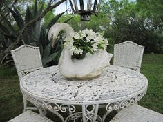 Faded Charm: ~White Wednesday # 152~  Absolutely LOVE this!