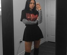 Grunge Outfits for Teenage Girls Retro Outfits, Grunge Outfits, Vintage Outfits, Cool Outfits, Casual Outfits, Egirl Fashion, Grunge Fashion, Fashion Looks, Fashion Outfits