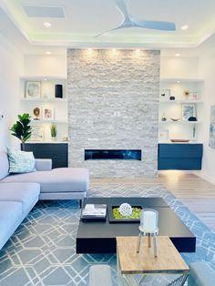 Luxury Homes Interior, Home Interior Design, Interior And Exterior, Home Fireplace, Textured Walls, Living Room Decor, New Homes, House Design, Decor Ideas