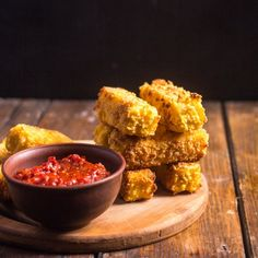 Deep fried polenta sticks with tomato sauce (in Russian and English)