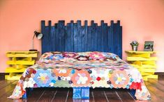 6 DIY Pallet Bed Ideas with Headboards