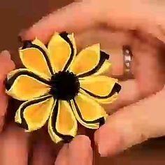 Ribbon Hair Clips, Ribbon Art, Diy Hair Bows, Diy Ribbon, Paper Flowers Craft, Flower Crafts, Diy Flowers, Fabric Flowers, Ribbon Flower Tutorial