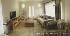 Neutral natural lounge with wood look tiles #woodlooktiles #neutralhome #cozy #cozyhome #warmhome