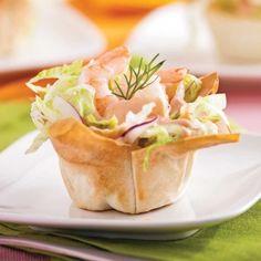 Coupelles de crevettes en salade. 15 min de prépa pour un résultat bluffant !!  #recette #salade #crevette