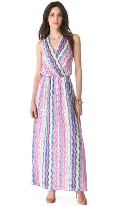 Love me some maxi dresses, also the pattern.