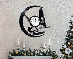 Sailing Wall Clock Sport Art Lp Retro Vinyl Record Wall Clock Large Windsurfer Art Birthday Gift For Sportsmen Sailing Room Art Sport Gift by ValeriyGifts on Etsy Трафареты Для Стен, Ремесло, Manualidades, Часы, Домашний Декор Своими Руками