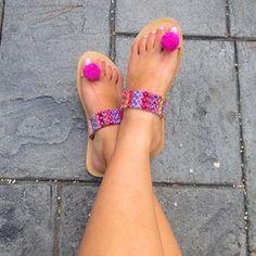 """De cuero griego sandalias, sandalias de las mujeres, étnicos, sandalias de Pom Pom, étnicos sandalias, sandalias, sandalias Boho, Hippie sandalias, """"Amistad"""""""