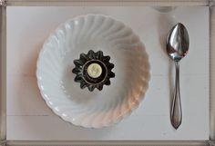 Leivosvuoat sopivat myös kattaukseen Spoon Rest, Table Settings, Tableware, Dinnerware, Tablewares, Place Settings, Dishes, Tablescapes