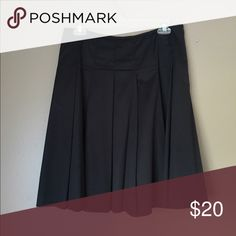 Black banana republic knee length skirt Used but great condition. Very flattering. Size small. Skirts