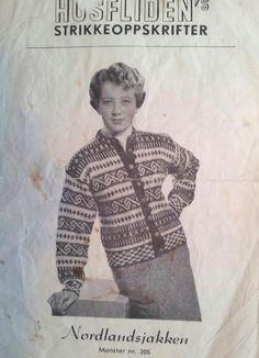 Nordlandsjakken 205 Designet av Margit Nedrehagen fra Randaberg ca 1942 Norwegian Knitting, Sweater Design, Old Pictures, Bunt, Knit Crochet, Men Sweater, Retro, Pattern, Sweaters