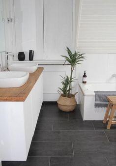 Salle de bain plancher de céramique Plus