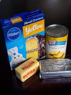 4-Ingredient Lemon Cream Cheese Dump Cake Lemon Desserts, Lemon Recipes, Just Desserts, Free Recipes, Pina Colada, Dump Cake Recipes, Dump Cakes, Poke Cakes, Dessert Recipes