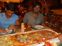 2 meter pizza - Italy