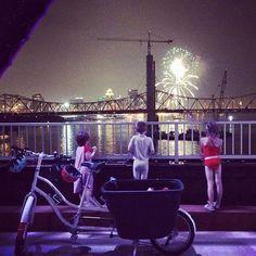 """Nothing says patriotism quite like a giant crane."" @girlmama #madsenbikeusa  #louisville #kentucky #fireworks #fourthofjuly #bridge"