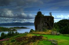 Ancestral home of the Clan MacAlister's. tarbert castle | Tarbert Castle, Argyll & Bute, Scotland - built in ... | Castles Scot ...