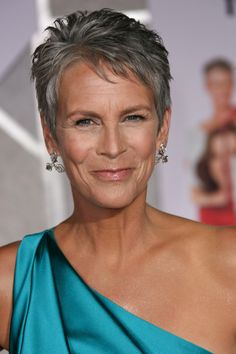 Jamie Lee Curtis - this is how a woman should look at her age - gorgeous AND healthy with wrinkles, gray hair and all!