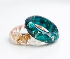 Teal Resin Ring Gold Flakes Small Faceted Cocktail by daimblond, €22.00