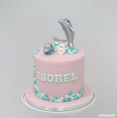 Dolfijnen taart - Dolphin cake  #dolfijn #dolfijnen #dolphin #cake #verjaardagstaart #verjaardag #birthday #chocolatcake #chocoladetaart #vanillecreme #vanille #fondant #botercreme