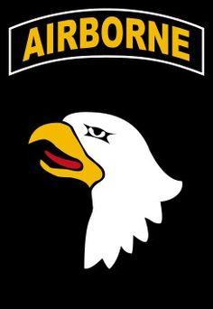 """101ª División Aerotransportada(101st AirborneDivision):División de Asalto Aéreo o Infantería Paracaidista con sede enFort Campbell (Kentucky).Entró por primera vez en acción durante elDía D, combatiendo también en laOperación Market Gardeny enBastogne (Batalla de las Ardenas).Se les conoce como""""The Screaming Eagles""""(""""las Águilas Aulladoras). Su lema es""""Rendezvous with Destiny""""(""""Encuentro con el destino"""")."""