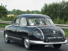 1959 Panhard Dyna Z saloon Rear view. driven by an FWD Flat Twin Boxer motor. Vintage Cars, Antique Cars, Vintage Models, Weird Cars, Mini Trucks, Small Cars, Sexy Cars, Car Photos, France