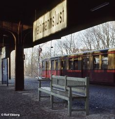 Bahnhof Waidmannslust in den Outdoor Stage, Outdoor Decor, S Bahn, Berlin Germany, Public, Eyes, World, Pictures, Signage