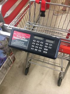 Calculator on shopping cart/trolley Inventions Sympas, Ideas Para Inventos, Creative Inventions, Awesome Inventions, Little Designs, Cool Gadgets, Future Gadgets, Tech Gadgets, Grocery Store