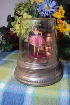 I have this pretty little ballerina music box! Music Box Ballerina, Vintage Ballerina, Little Ballerina, Music Boxes, Ballet, Tiny Dancer, Big Girl Rooms, Vintage Box, Ballerinas