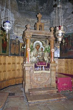 ✡ Jerusalem The Tomb of the Virgin Mary ✡ Church Interior, Jerusalem Israel, Orthodox Icons, Holy Land, Place Of Worship, Roman Catholic, Pilgrimage, Places Ive Been, Christianity