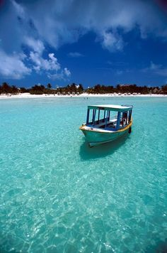 DESTINATION MEXICO / Retiree's love translates into an island school / English classes help residents of Isla Mujeres Vacation Places, Vacation Destinations, Dream Vacations, Vacation Spots, Places To Travel, Places To Visit, Cozumel, Cancun Mexico, Monuments