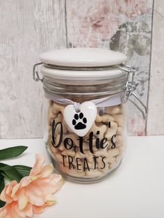 Cute Personalised Dog Treat Jar for with ceramic heart 💓. Perfect for storage dog treats and text can also changed for different uses x Dog Treat Jar, Grey Ribbon, Photo Heart, Dog Gifts, Dog Treats, Dog Bowls, I'm Happy, Contents, Empty