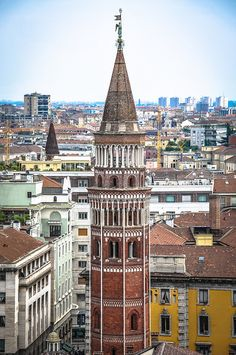 Campanile di San Gottardo, Milan, Italy Sierra Nevada, Portsmouth, Brighton, Places Around The World, Around The Worlds, Lake Garda, Milan Italy, Lake Como, Beautiful Buildings