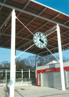 Cadran Bodet installé à la gare SNCF de Pontault-Combault, Seine-et-Marne - France.
