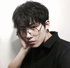 Imagen de boy, korean, and ulzzang With love, BakSaks.com