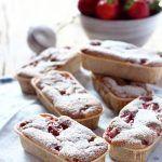 Mini plumcake di grano saraceno alle fragole (gluten free)