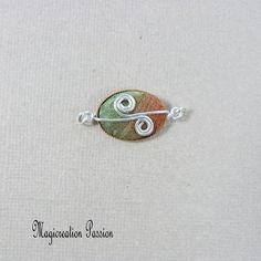 Connecteur cabochon soie vert, marron et argenté Arabesque, Belly Button Rings, Stud Earrings, Cabochons, Montage, Boutique, Jewelry, Playing Card, Conkers