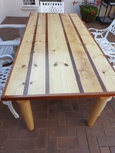 This patio table was sealed using Woodoc 50.