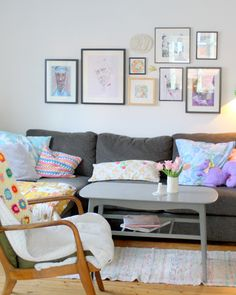 living room, cushions and crochet