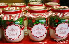 Pint size mason jars with Christmas cookie mix Christmas Gifts For Girlfriend, Teacher Christmas Gifts, Teacher Gifts, Christmas Jars, Christmas Goodies, Christmas Crafts, Christmas Baking, Christmas Ideas, Handmade Christmas