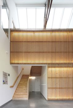 wood Facade Lighting, Interior Lighting, Lighting Design, Timber Slats, Timber Cladding, Cabinet D Architecture, Space Architecture, Interior And Exterior, Interior Design