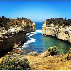 This is a very comfortable place to put aside all the troubles  #lochardgorge #greatoceanroad #australia #melbourne #instagram #instalike #likeforlike #instacool #instafriends #ootd #ootdmelbourne #csy  by ____vin_cent____