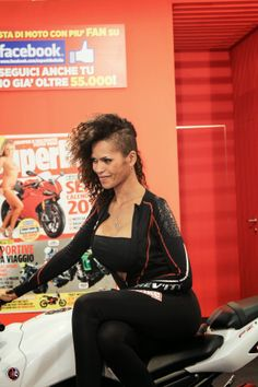 EICMA Superbike girl