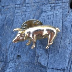 Find this cute #piggy #etsy shop: Vintage CAMCO Pig Tie Tack or Lapel Pin, Gold Tone Metal http://etsy.me/2EqDJIU #accessories #goldenpig #animals #pin #teamwwes #jewelry #cute #petunia #pig #pork #vintagebrooch #brooch #tietack #lapelpin #shopsmall #shopetsy #forsale