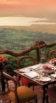 Growing with Plants: Dinner at sunset in Africa