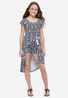 Justice is your one-stop-shop for on-trend styles in tween girls clothing & accessories. Shop our Printed High Low Maxi Romper. Fashion 101, Cute Fashion, Girl Fashion, Fashion Dresses, Teenager Fashion, Fashion Trends, Dresses For Tweens, Girls Dresses, Justice Clothing