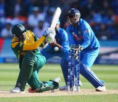 Lonwabo Tsotsobe was bowled by Ravindra Jadeja, India v South Africa, Champions Trophy, Group B, Cardiff, June 6, 2013