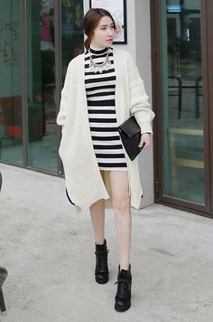 Get this look: http://lb.nu/look/5841381  More looks by Miamiyu K: http://lb.nu/miamiyu  Items in this look:  Miamasvin Open Front Long Cardigan, Miamasvin Mixed Media White Bib Necklace, Miamasvin High Neck Striped Dress, Miamasvin Snake Embossed Leather Clutch, Miamasvin Wrap Around Lace Up Boots   #winter #turtleneck #knit #leather #stripe #office #business #work #chic