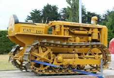 Antique Tractors, Vintage Tractors, Old Farm Equipment, Heavy Equipment, Agriculture Machine, Caterpillar Equipment, Big Tractors, New Tractor, Heavy Construction Equipment