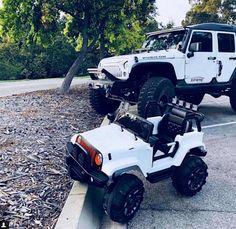 Mommy and son Jeep life! Noah Jack loves his Jeep 😍 Maserati, Bugatti, Lamborghini, Jeep Cars, Jeep Truck, Jeep Jeep, Jeep Wrangler Lifted, Jeep Wrangler Sahara, Audi