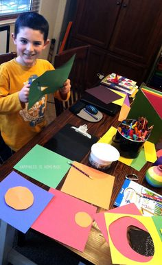 Kandinsky Concentric Circle Collage Art Lesson for Kids